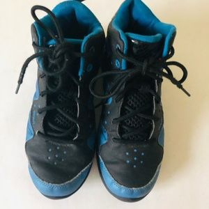 AND1 Youth Boys Black & Blue Sneakers
